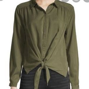 NWT Jak & Rae tencel hunter green the front blouse